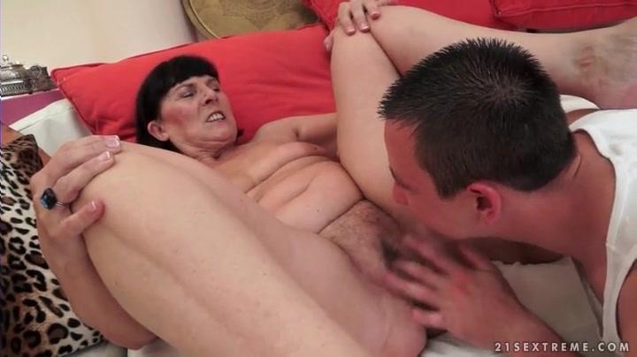Amateur homemade big dick sex