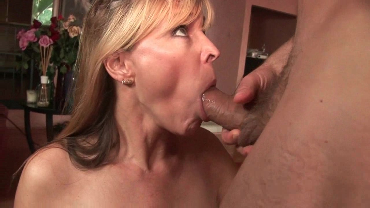 Squirting Her Own Mouth