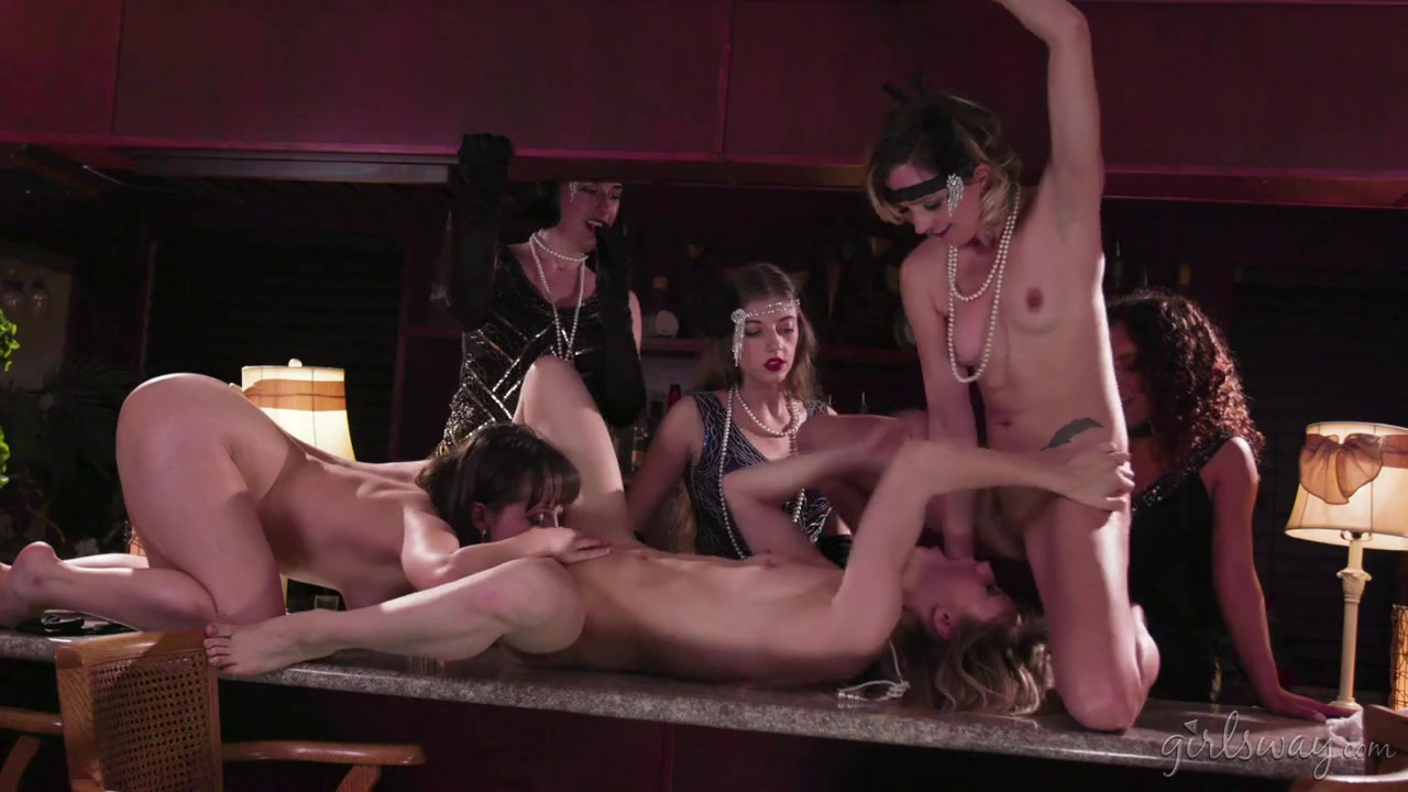 Flapper girls have a lesbian orgy in the bar