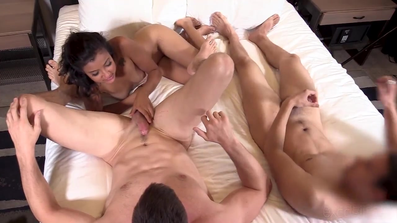 College amateur sucks dick and eats ass with two guys