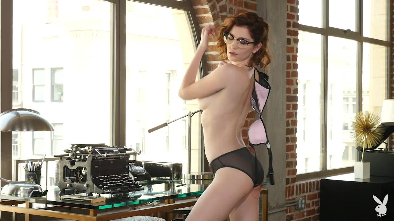 Hot nerd reveals her sexy piercing nipples