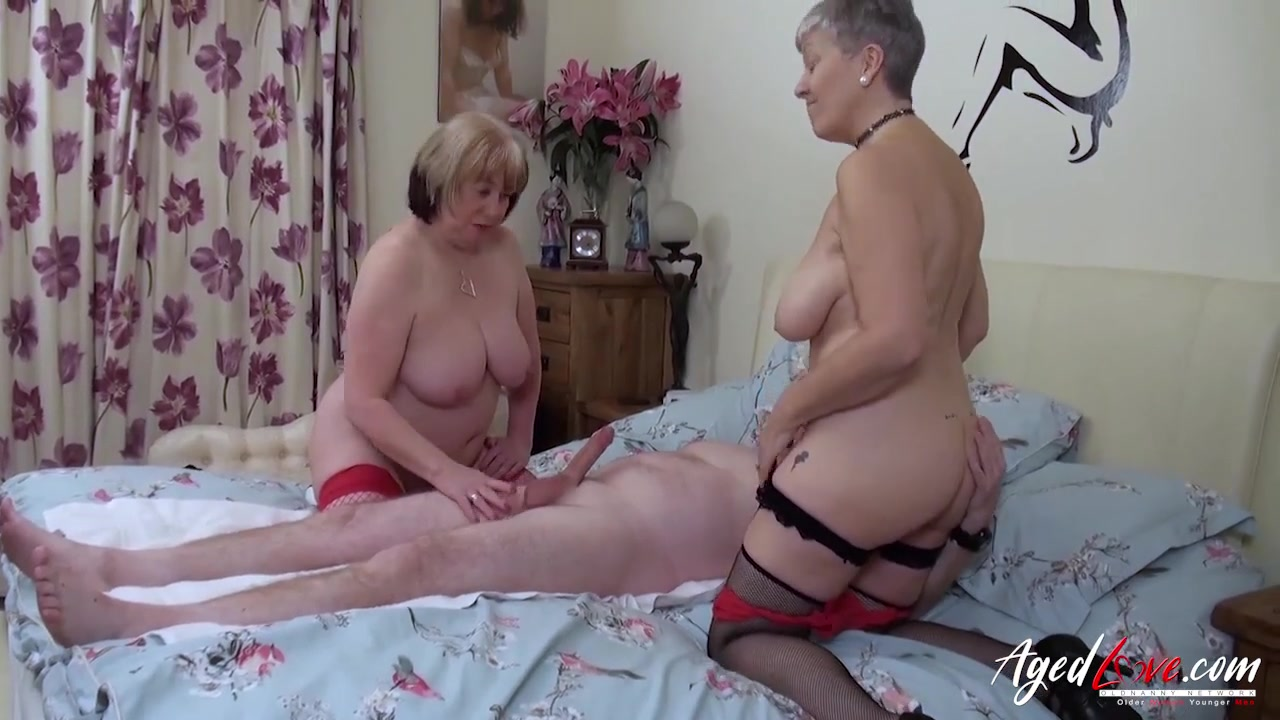 Two mature whores treat his dick to a threesome