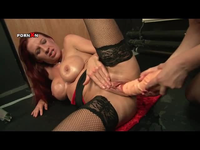 Huge dildo fucking and pussy fisting with lesbians - Dildo Porn